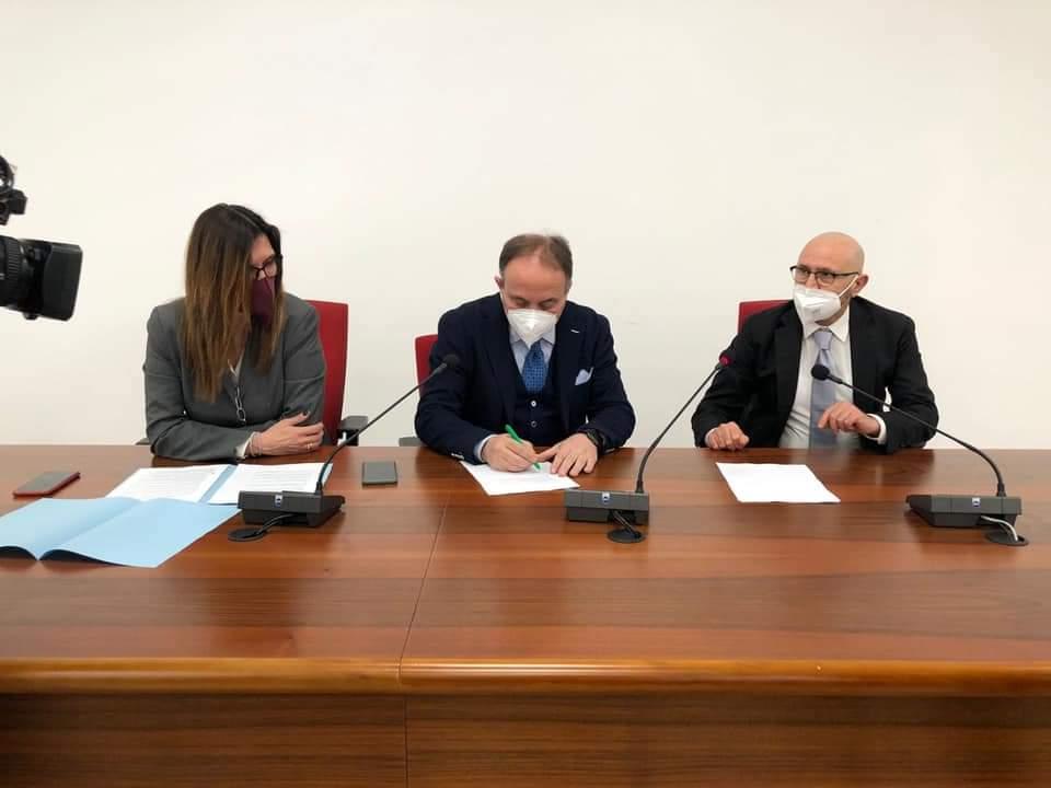 """""""Puglia regione universitaria: studiare e vivere in città accoglienti e sostenibili"""""""